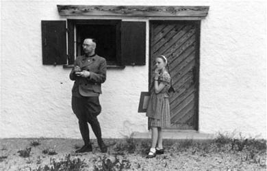 Himmler mit seiner Tochter